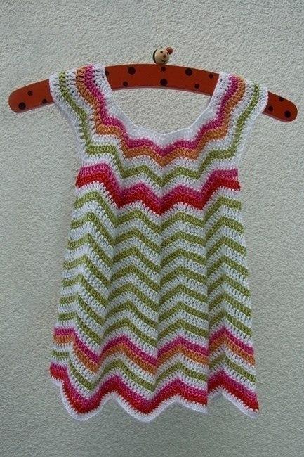 Vestido de verano en crochet para niña02
