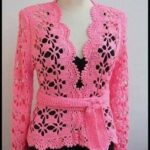 chaqueta tejida a crochet para mujer moldes