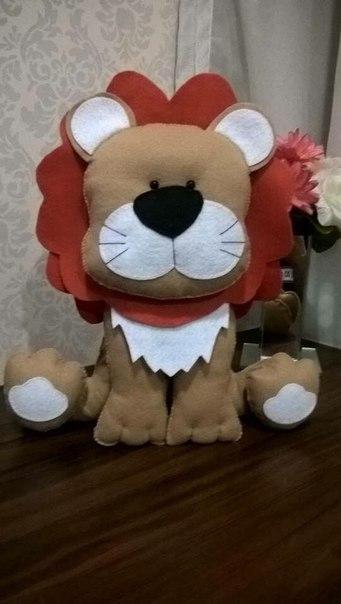moldes para hacer de leon de fieltro01