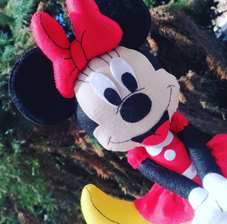 Molde para hacer a minnie mouse en fieltro01