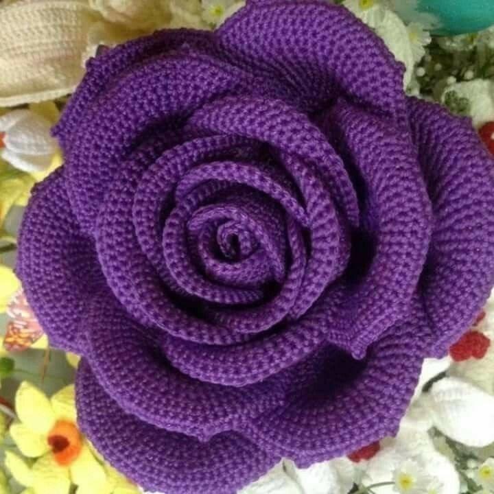 5 moldes de rosas tejidas en crochet esqemas