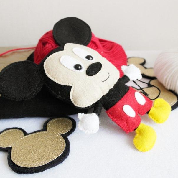 moldes de mickey mouse en fieltro01